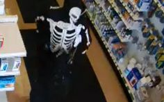 #Knife-Wielding Man Robs Pharmacy - BlackburnNews.com: BlackburnNews.com Knife-Wielding Man Robs Pharmacy BlackburnNews.com Police say a…