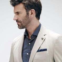 fay_brand - Attention to details and sartorial craftsmanship for a versatile #blazer perfect for any occasion. #faybrand #menswear #elegance #sexyguy #luxury #ootd #outfitoftheday #lookoftheday #likeforfollow #fashion #fashiongram #style #love #beautiful #lookbook #wiwt #onlineshop #sale #shop #outfit #wiw #mylook #fashionista #instastyle #instafashion #outfitpost #fashionpost #fashiondiaries #contreboutiques  Shop at www.contre.it