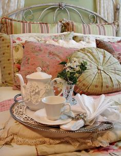 A Tea Tray in the Tea Rose Bedroom From: Happy To Design, please visit Rose Cottage, Cottage Style, Shabi Chic, Rose Bedroom, Tea Tray, My Cup Of Tea, Breakfast In Bed, Tea Roses, The Fresh