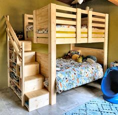 Loft playhouse bed with window and shelf stairs - Customer Photos Custom Bunk & Loft Beds Page 2 Pallet Bunk Beds, Safe Bunk Beds, Wooden Bunk Beds, Wooden Bedroom, Adult Loft Bed, Adult Bunk Beds, Kids Bunk Beds, Loft Beds, Bunk Bed Steps