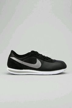 buy online 149e3 e2f13 Cortez Shoes, Nike Cortez, Retro Sneakers, Men s Sneakers, Leather  Sneakers, Brown Pride, Bootie Boots, Foot Locker, Shoe Game