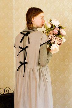 麻混素材にリボン。大好きをぎゅっと。|配色切り替えの麻混ロングワンピース Victorian, Style Inspiration, Syrup, Dresses, Fashion, Vestidos, Moda, Fashion Styles, Dress