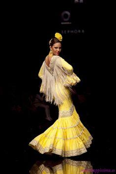 Traje de Flamenca - Nuevo-Montecarlo - Simof-2011