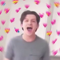 I love him❤🌞 Marvel Funny, Marvel Memes, Baby Toms, Heart Meme, Tom Holland Peter Parker, Cute Love Memes, Comedy Memes, Cute Cartoon Wallpapers, Wholesome Memes