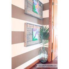 How to Display Kids' Artwork - DIY Art Display Ideas - Country Living Diy Artwork, Artwork Display, Frame Display, Display Ideas, Displaying Kids Artwork, Childrens Artwork, Wall Paper Phone, Cool Walls, Clever Diy