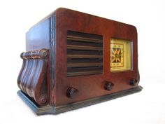 Vintage 1940s Old Stromberg Carlson Mid Century Radio with Scrolled Side Bars   eBay