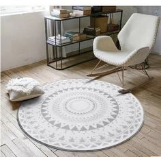 Feel the style! Happy feet andsleek design - the perfect combo! Thiscircular fleece carpet is the perfect addition to a small area. The circular shape breaks the cold hard lines of modernstylings and creates a sense of comfort. Easy to clean and maintain. It is the perfect addition to every cosy corner. Get comfort