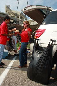 Everyone needs somewhere to put there trash.. Get a BagRack!  #UltimateTailgate #Fanatics