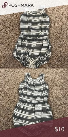 18-24 month Girls romper Perfect for summer or spring! So cute on. Gray and white striped romper. Unsnaps on bottom. From Old Navy. 18-24 mos. Old Navy One Pieces