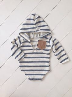 Image of Neil hoodie Newborn photography, baby romper, girl romper, vintage clothes, vintage baby ro Baby Outfits, Newborn Outfits, Dress Outfits, Baby Dresses, Baby Girl Romper, Baby Boy Newborn, Baby Boy Fashion, Kids Fashion, Newborn Fashion