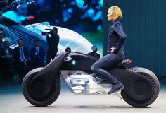 Mẫu xe tương lai không cần đội mũ bảo hiểm   Xem chi tiết : http://motopro.vn//tintuc/home/details/Mau_xe_tuong_lai_khong_can_doi_mu_bao_hiem_