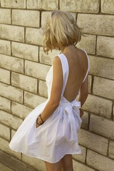 white, backless, bow, pockets