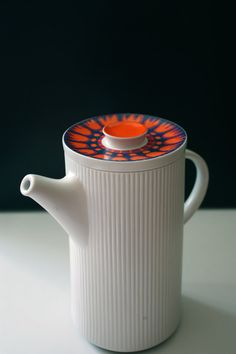 Hey, I found this really awesome Etsy listing at https://www.etsy.com/listing/151337132/mid-century-ribbed-coffee-pot-thomas