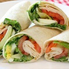 Wrap Recipes to mix up lunch a bit! Healthy Wraps, Healthy Snacks, Healthy Eating, Healthy Recipes, Delicious Recipes, Spicy Chicken Wrap, Chicken Wraps, Thai Chicken, Chicken Salad