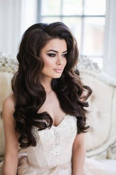 Top 20 Down Wedding Hairstyles for Long Hair | http://www.deerpearlflowers.com/top-20-down-wedding-hairstyles-for-long-hair/