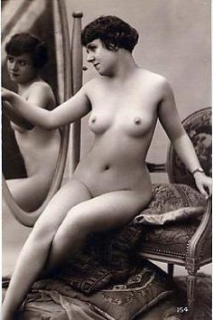 Postcards of the Past - Vintage Erotic Postcards of Girls Alone