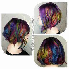 Rainbow hair Mermaid hair color and layered lob haircut by Michelle Saunders… Bob Hair Color, Vivid Hair Color, New Hair Colors, Vivid Colors, Unicorn Hair Color, Mermaid Hair, Dream Hair, Hair Photo, Rainbow Hair