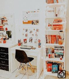 ☆ dm for pic credit ☆ Cute Bedroom Decor, Stylish Bedroom, Room Ideas Bedroom, Bedroom Inspo, Study Room Decor, Teen Room Decor, Cute Room Ideas, Girl Bedroom Designs, Aesthetic Room Decor