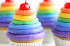 Foodista | The Ultimate Frosted Rainbow Cupcakes