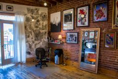 Under My Thumb's Homey Tattoo Studio — Creative Workspace Tour Salon Design, Shop Interior Design, Tattoo Shop Decor, Thumb Tattoos, Tattoo Studio Interior, Brick Accent Walls, Brick Wall, My Art Studio, Studio Ideas