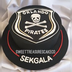 Made this Orlando Pirates cake to celebrate a very special birthday. Pirate Birthday Cake, Birthday Cakes, Orlando, Soccer Cake, Cake Decorating For Beginners, Cake & Co, Cool Wedding Cakes, Special Birthday, Custom Cakes