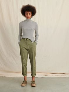 Striped Ribbed Turtleneck in Wool Silk Blend – Alex Mill Ribbed Turtleneck, Vintage Denim, New Outfits, Work Outfits, Jeans Fit, Wardrobe Staples, Jumpsuits For Women, Wool Blend, Looks Great