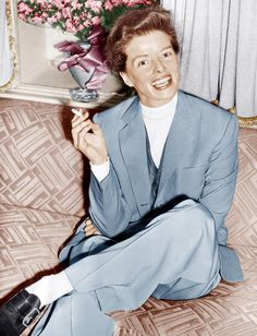 The suit is awesome. Hepburn |  http://images.fineartamerica.com/images-medium-large/katharine-hepburn-in-england-ca-1952-everett.jpg