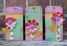 La-De-Dah: Splodges, wonky bits and PJs...http://blueboxbabe.blogspot.co.uk/2013/08/splodges-wonky-bits-and-pjs.html
