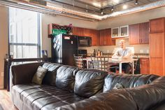 Luxury 1 Bed -Downtown Ann Arbor!   - vacation rental in Ann Arbor, Michigan. View more: #AnnArborMichiganVacationRentals
