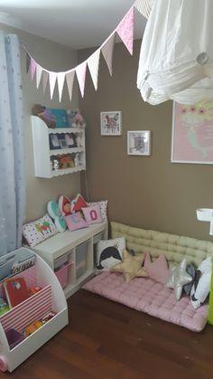 Wie sie ein kinderfreundliches wohnzimmer einrichten - Kuschelecke kinderzimmer kleinkinder ...
