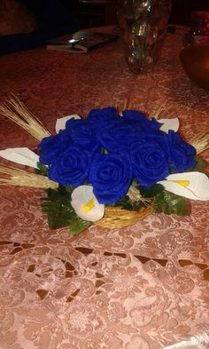 rose blu e call bianche...