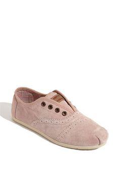 TOMS 'Cordones' Slip-On so cute <3