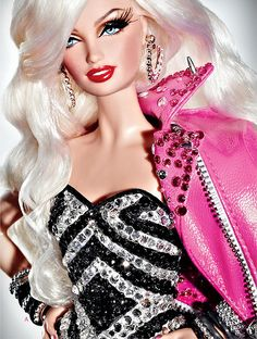 Barbie looking hot and glamorous in her 3D Lashes and Lethal Lip Gloss