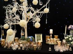 Gatsby wedding decoration by The Timeless Table  www.thetimelesstable.co.uk