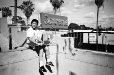 Cash kickin on Supremes Rooftop Make Money Online, How To Make Money, Home Based Business Opportunities, Money Trading, Rooftop, Surfing, Photo And Video, World, Box Logo