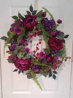 Lighted Wreaths, Deco Mesh Wreaths, Wreaths For Front Door, Door Wreaths, Ribbon Wreaths, Burlap Wreaths, Mesh Ribbon, Easter Wreaths, Fall Wreaths