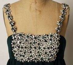 James Galanos  Evening dress -  American 1966. Wool, glass