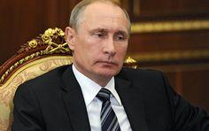 Russland vorzuwerfen, dass die Menschen Syrien wegen der russischen Kampfhandlungen massenweise verlassen würden, ist laut dem russischen Präsidenten Wladimir Putin absolut haltlos. Dieser Prozess habe lange vor dem aktiven Einsatz der russischen Luftwaffe begonnen.