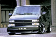 CHEVROLET ASTRO STINGER WALD. Never thought an Atro Van could look so...cool.
