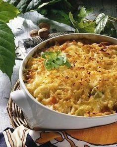 Unser beliebtes Rezept für Gemüse-Auflauf mit Kartoffelkruste und mehr als 55.000 weitere kostenlose Rezepte auf LECKER.de.