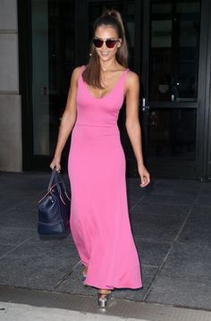 Jessica Alba Photos - Actress and businesswoman Jessica Alba is spotted out and about in New York City, New York on August Jessica was showing off her fit physique in a slim pink dress during the outing. - Jessica Alba Out And About In NYC Vulture Festival, Jessica Alba Pictures, Business Women, Pink Dress, Actresses, Clothes For Women, Formal Dresses, My Style, Outfits