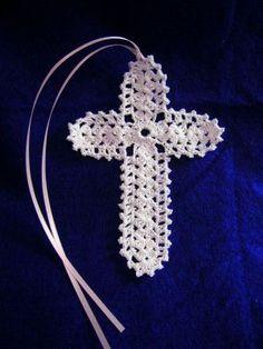 crocheted Christian cross images | Shell Stitch Cross Bookmark ~ free pattern | Crochet