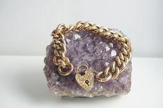 Vintage Victorian 9ct Gold Heart Locket Bracelet Gold Heart Locket, Heart Of Gold, Locket Bracelet, Jewelry Bracelets, Fine Jewelry, Victorian, Chain, Vintage, Necklaces