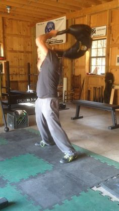 Bulgarian Bag Workout - 5 Rounds of ten: Rotations, Squat and swing, Clean and press, Power snatches. Kettlebell Workout Routines, Basic Gym Workout, Sandbag Workout, Kettlebell Cardio, Boot Camp Workout, Squat Workout, Aerobics Workout, Strength Training Workouts, No Equipment Workout