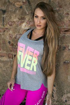 Regata Never Give Up - Donna Carioca, Moda fitness e lingerie com preço de fábrica