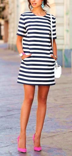 23 Striped Dress Outfits To Look Good And Feel Good This Summer #dress #stripes #outfits #summer #casual