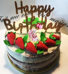 #dessert #patisserie #layercake #victoriacakes #victoriaspongecake #spongecake #fraise #confituredefraise #cremedeconfiture #cremedeconfiturefraise #ganache #ganachechocolatblanc #pateasucre #decopateasucre #homemade #homemadefood #homemadecooking #instafood #douceursucrees Victoria Cakes, Victoria Sponge Cake, Layers, Birthday Cake, Homemade, Cooking, Desserts, Food, White Chocolate Ganache