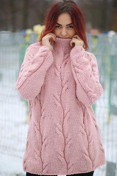Hand Knit Sweater For Women Loose Sweater Warm Sweater Chunky Long Sweater Soft Sweater Oversized Sweater 2019 Hand stricken Pullover für Frauen lose Pullover warme Hand Knitted Sweaters, Warm Sweaters, Sweaters For Women, Knitting Sweaters, Loose Sweater, Pink Sweater, Hand Knitting, Knitting Patterns, Crochet Patterns