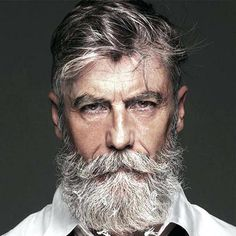 messy hair male messy hair with beard for older men messy hair look guys Silver Hair Men, Grey Hair Men, Black Hair, Best Hairstyles For Older Men, Haircuts For Men, Men's Haircuts, Older Mens Long Haircuts, Moustache, Hair And Beard Styles