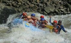 Disfrutá de tus días de verano desafiando al Pacuare, hacé un tour de rafting de Adrenalina Rafting